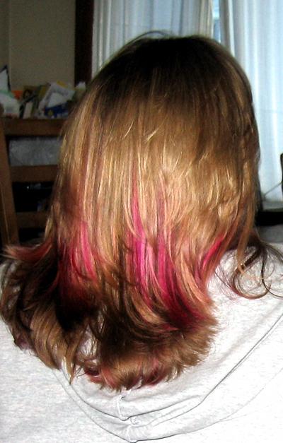 pinkhair032007.jpg